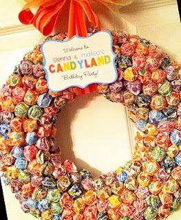 candy wreath - Halloween Candy Wreath